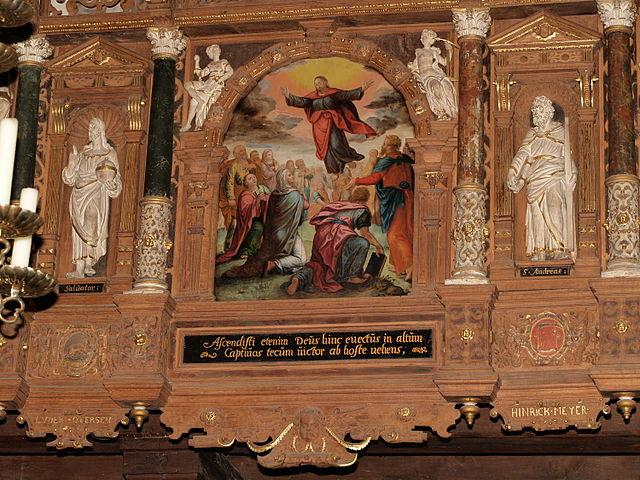 Luder Ottersens vapenbild finns längst ner till höger på korläktaren i St Aegidien-kyrkan i Lübeck. Foto: Arnoldius, Wikipedia Commons